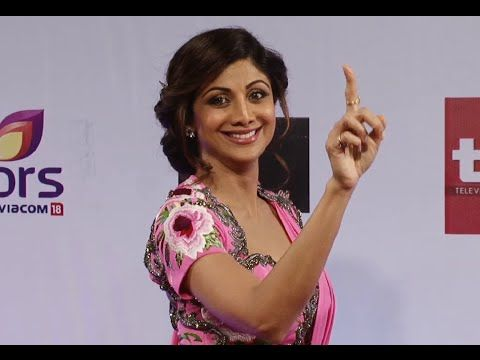 Shilpa Shetty WOW in saree at Colors Television Style Awards 2015.