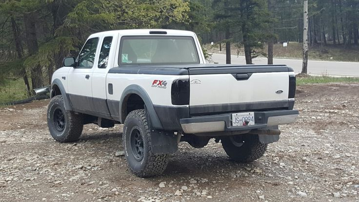 2004 ford ranger lifted 33s