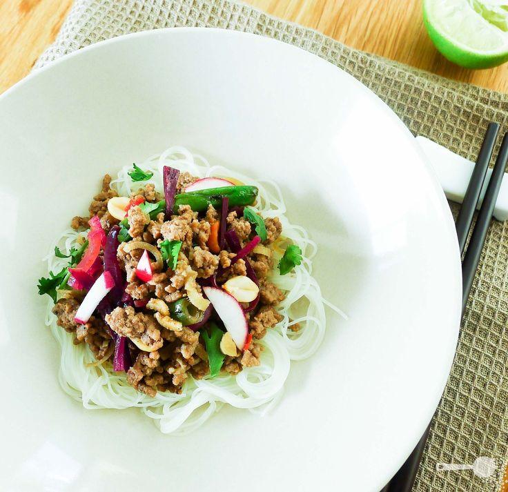 Taste Baguette's lemongrass beef noodle salad - http://wholesome-cook.com/2011/05/09/taste-baguettes-lemongrass-beef-noodle-salad/