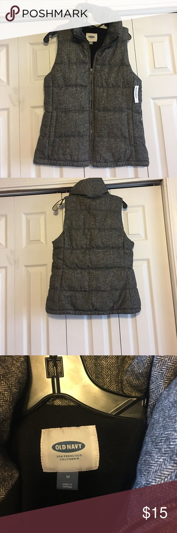 Grey Old Navy vest Grey Old Navy Vest size medium, new with tags!! Great for a casual fall or winter day!! Old Navy Jackets & Coats Vests