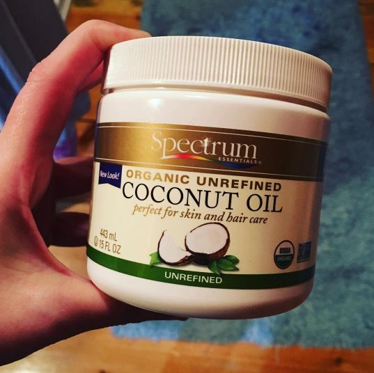 COCONUT OIL (capslock to indicate reader enthusiasm). Drench your locks in a coconut oil mask to naturally remedy frizz and dryness. | 28 Products That'll Make Dry Or Damaged Hair So Much Better