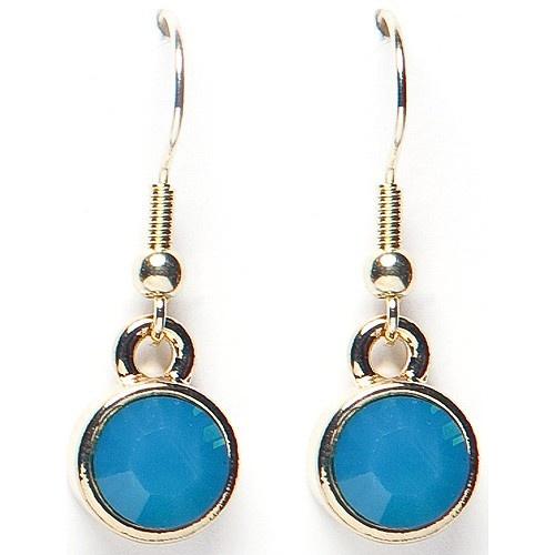 Een paar blauwe oorbellen.