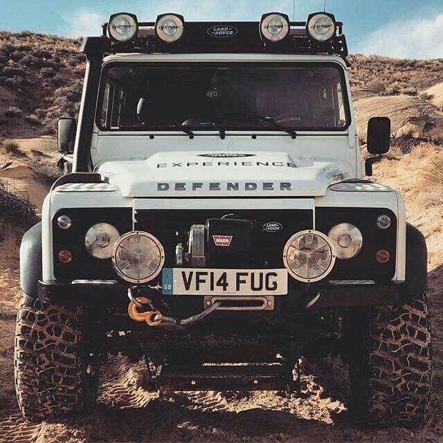 Land Rover Defender 110 Td4 Sw adventure prepared.