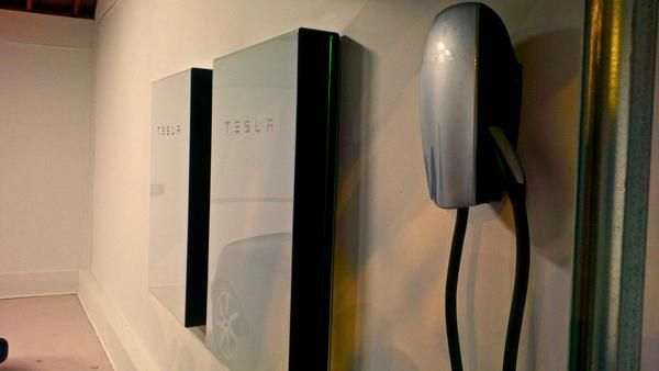 Our Notes From Tesla Powerwall 2.0 In-Store Unveiling In Florida