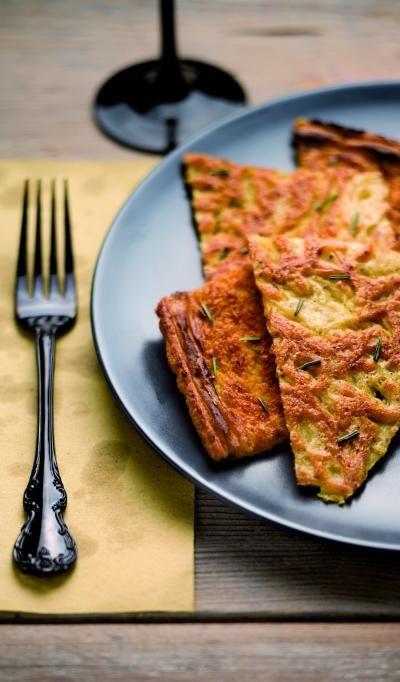 Farinata di ceci, piatto tipico della cucina ligure http://turismo.provincia.savona.it/it/ricette/farinata-ceci