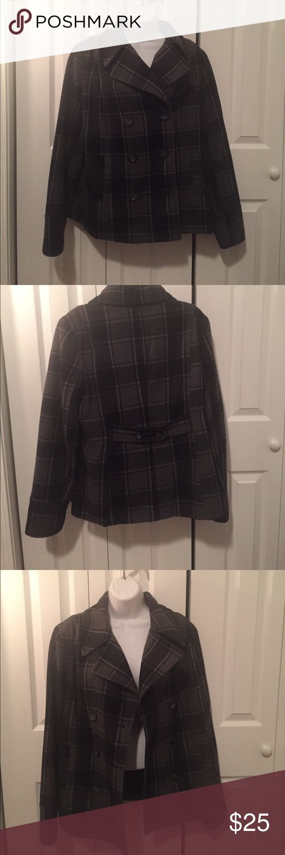 Old Navy Pea Coat Old Navy Pea Coat.  Black and gray plaid.  Size large.  Hip length.  Fully lined inside.  So comfy! Old Navy Jackets & Coats Pea Coats