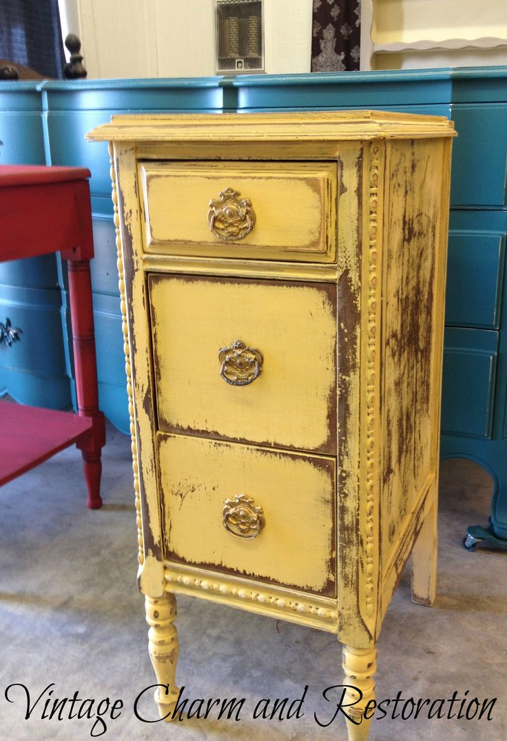 Best 25 Yellow Distressed Furniture Ideas Only On Pinterest