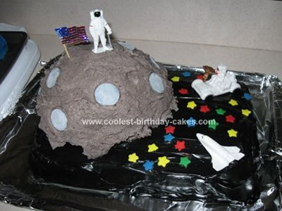 68 best astronaut party images on pinterest astronaut for Outer space cake design
