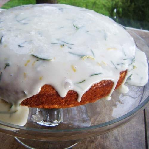 Κέικ αλμυρό με δεντρολίβανο και λεμόνι