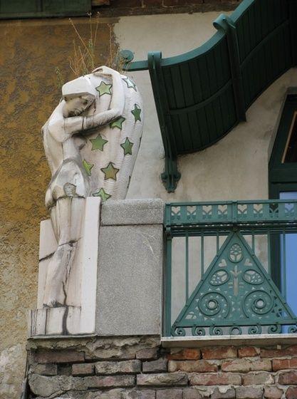 baribari Darvas-La Roche-ház 05 című képe az Indafotón.