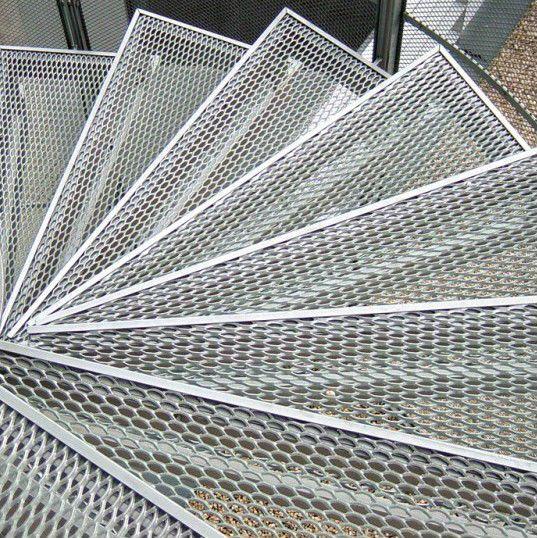 17 meilleures id es propos de metal deploye sur for Construction escalier metallique exterieur