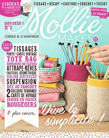 Bonjour à toutes, ce mois-ci; nous avons de la chance. En effet, la rédaction de Mollie Makes fait remporter son numéro de juin à la création du Projet 12 créatif d'avril qui aura le plus de votes. Pour avoir une chance de remporter un numéro de Mollie...