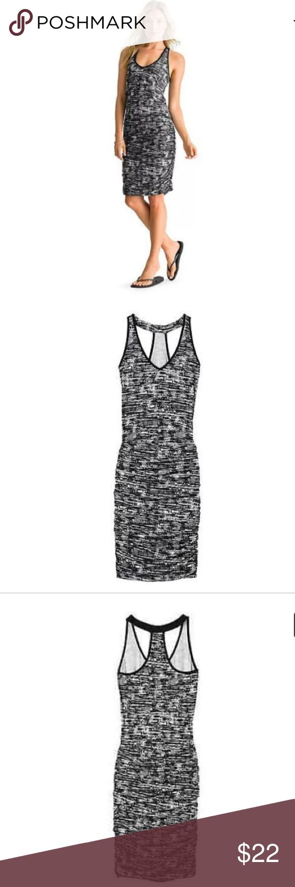 """Athleta Women's Printed Tee Ruched Yoga Dress XS Athleta Women's printed tee racerback Yoga Dress.                                                                       Size: XS. Color: Asphalt.                                          Very good condition! Super comfy and soft. Relaxed top, ruched Skirt.                                       Measurements: Chest 16"""", Total length 36"""" Athleta Dresses Midi"""