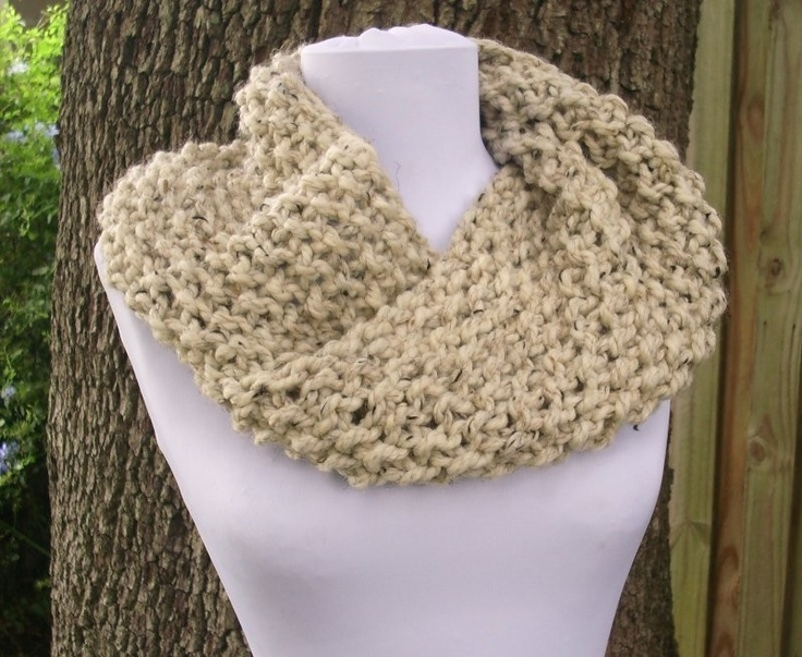 1000+ images about Mobius sjaal on Pinterest Cowl patterns, Yarns and Ravelry