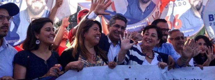 Beatriz Sánchez termina actividades de campaña en Santiago con masivo volanteo - Cooperativa.cl