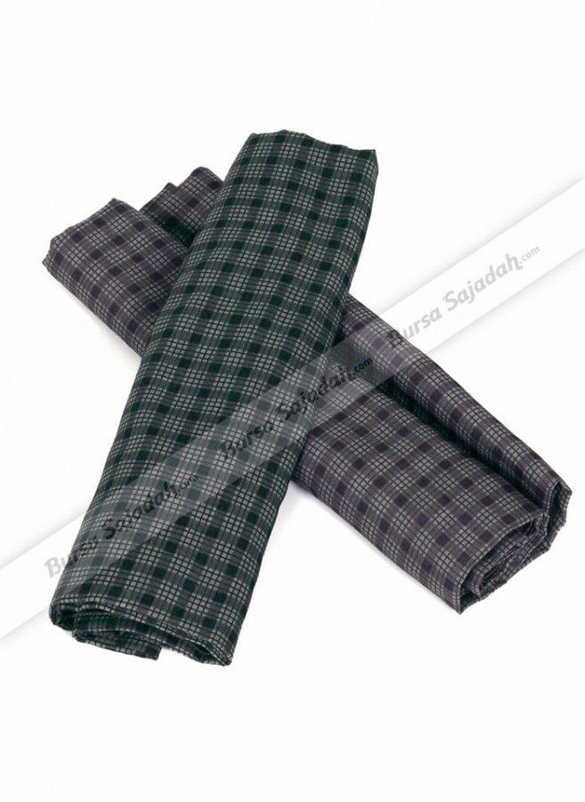 Lengkapi outfit favorit Anda dengan gaya simple & unik dari Kerudung Mono Mix! Kerudung segi empat dengan tampilan warna dan motif vintage yang cocok dipakai untuk menemani Anda di acara santai maupun yang bersifat formal. Dibuat dari bahan katun yang terasa adem & ringan!  Ukuran -/+ 102 x 102 cm