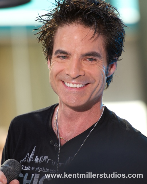 patrick monahan, lead singer, band Train