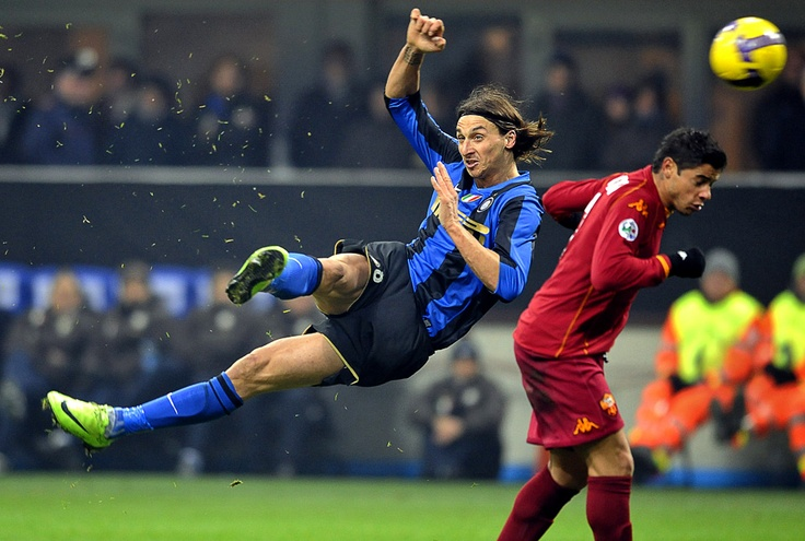 ~ Zlatan Ibrahimovic on Inter Milan acrobatic kick ~