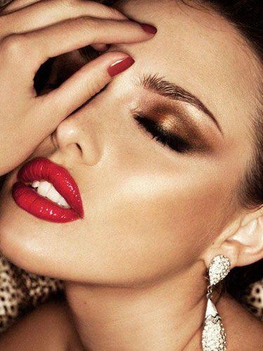 Kaşları güzelleştiren makyaj ürünleri!   Kadın - Moda - Magazin - Yaşam - Sağlık ve Astroloji