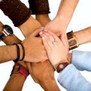 El trabajo en equipo implica el compromiso y la colaboración de todos. Debe también ser gestionado por una/un líder que ayude a crear el ambiente adecuado. Haz click para leer el artículo