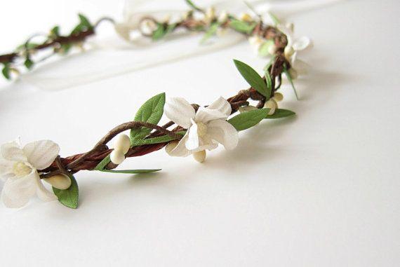 Vintage Flower Hair Wreath, Boho Bridal Crown, Wedding Hair Accessories, White Flower Hair Circlet