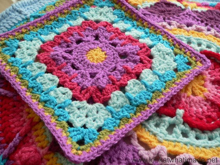 """See How They Run Square {Photo Tutorial} - Look At What I Made Block 23: Block-a-week CAL 2014 - with link to the free 12"""" square pattern by Margaret MacInnis"""