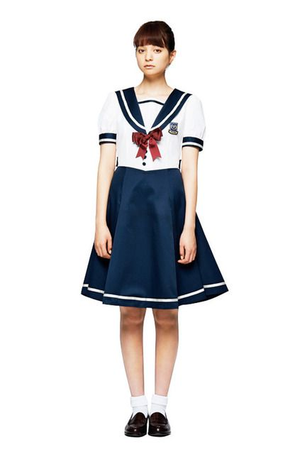 haco. [ハコ] 私立手越女子高等学校 公式セーラー服 〈白:半袖〉 フェリシモ