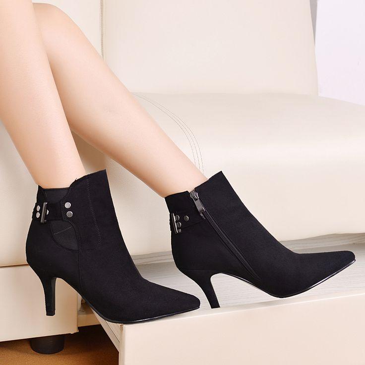 Женщин-сапоги высокие каблуки женщин весной острым носом тонкие каблуки ботильоны большой размер 9 10 пряжки блестками черные туфли 579 - 660