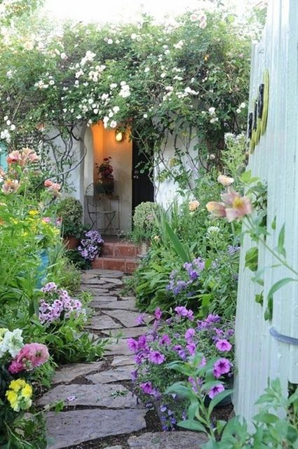 English garden - Click image to find more Architecture Pinterest pins