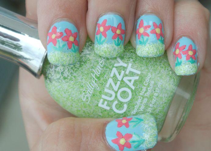 Flower Nail Art w/ Sally Hansen Fuzzy Coat #iheartmynailart #cbias