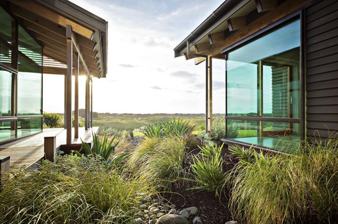 Contemporary and Elegant House Designed by Space Architecture Studio, New Zealand