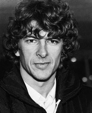 Young Wenger.