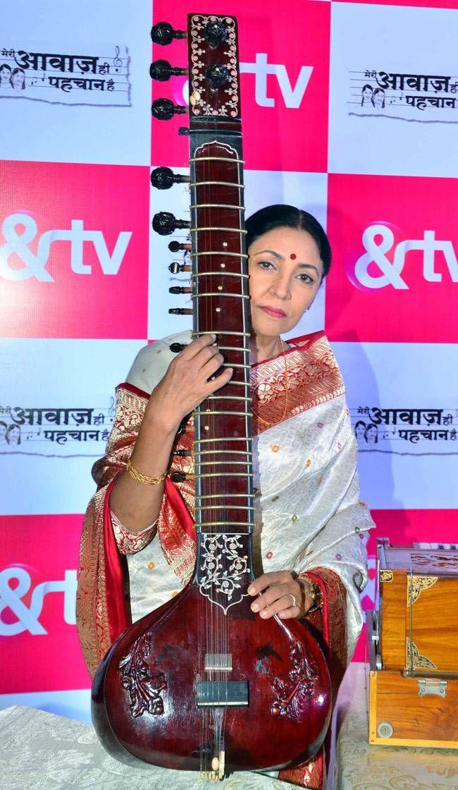 Meri Awaaz Hi Pehchaan Hai: A musical journey of two sisters