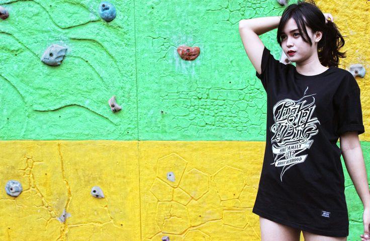 PS_001 | BROTHERHOOD BLACK tees | IDR 110K | size S - XL | order text / WA : 081573658757 / PIN : 7DD3F2B3  #joyspg #joyspringindonesia #authenticoriginal #pingkelstanding #merchandise #clothing #apparel #localbrand #bandindie #indiesemarang #indiejateng