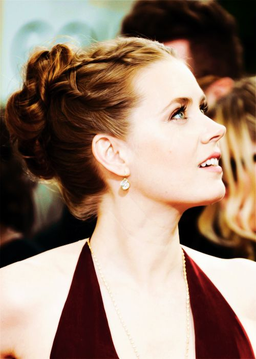 Amy Adams at Golden Globe Awards 2014... oscar-bound, I hope!