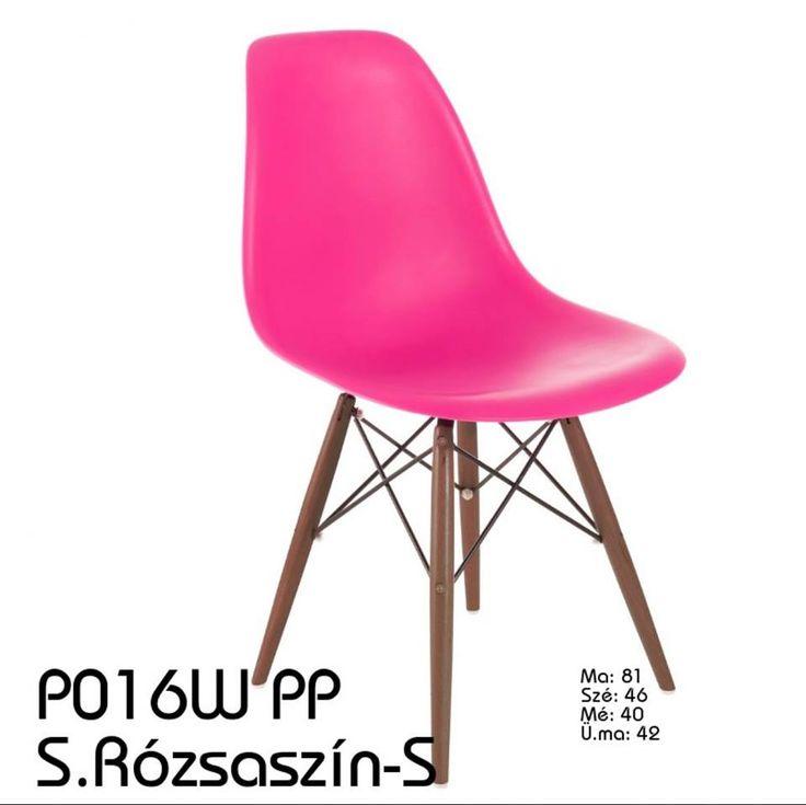 Sötét rózsaszín szék sötétebb fa lábakkal, modern és stílusos bútordarab, élénk színével pedig feltűnő is!