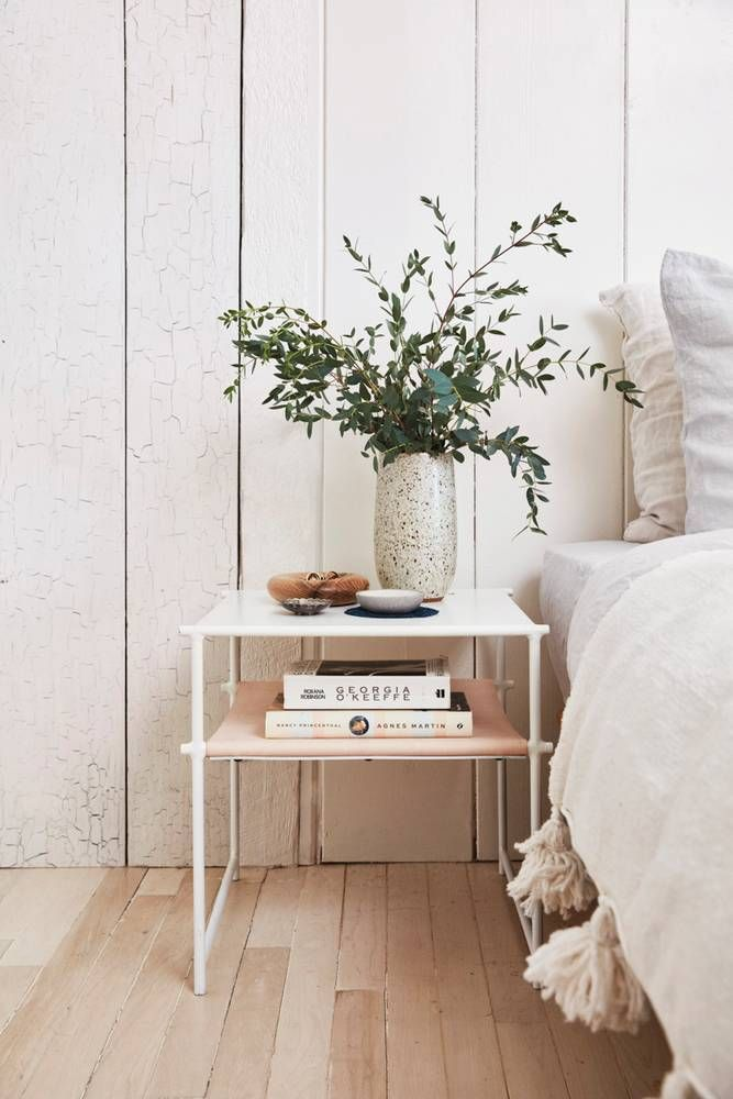 If you follow Serena Mitmik-Miller's beautifully serene Instagram feed, you've probably found yourself swooning over her Topanga Canyon home. Go figure. Her living space is an extension of her meticulously curated boutique of handcrafted clothing and home goods, General Store. After moving to Los