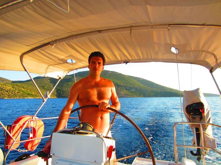Skipper Kostas