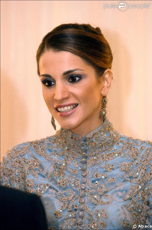 Queen Rania at the 2nd Arab Women's Summit, November 2002.
