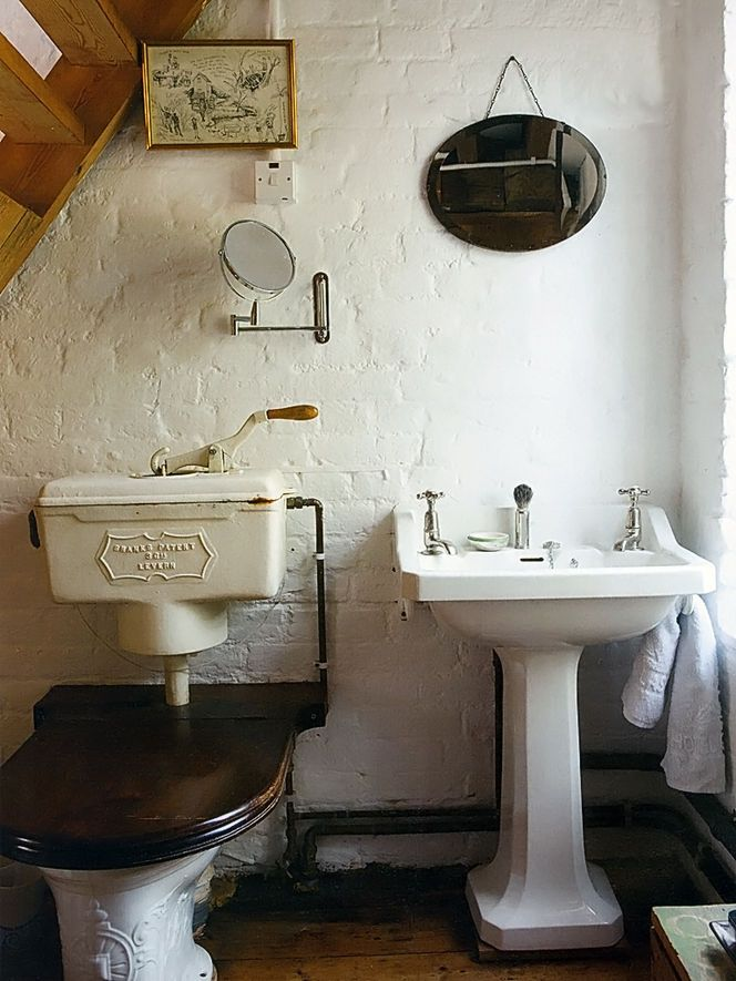 20 Best Old Fashioned Bathroom Images On Pinterest