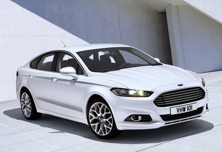 2013. The New Ford Mondeo with 'Aston Martin' style front grille.