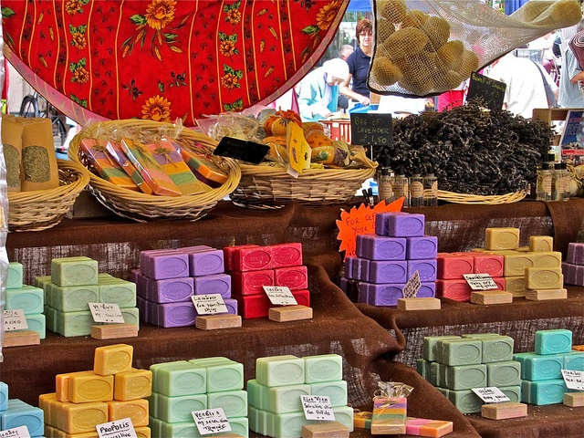 soap display - love all their colors.
