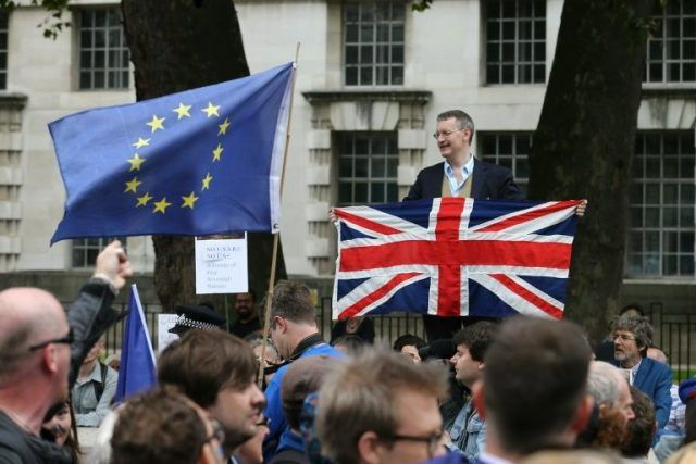 From Brexit to Trump, Europe reels from year of crisis | SAMAA TV