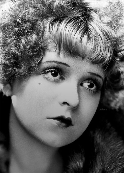Makeup in the 20's was no longer just for actresses and prostitutes. the heart shaped 'Cupid Bow' lip, and dark Egyptian eyes were very popular.
