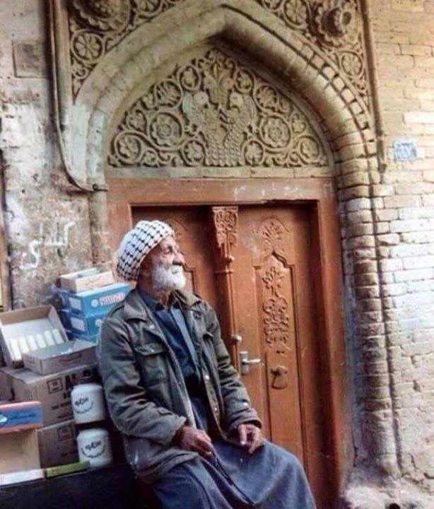كل شئ في هذه الصورة يذكرك ببغداد خصوصا علبة دهن الراعي Iraq Baghdad Baghdad Iraq