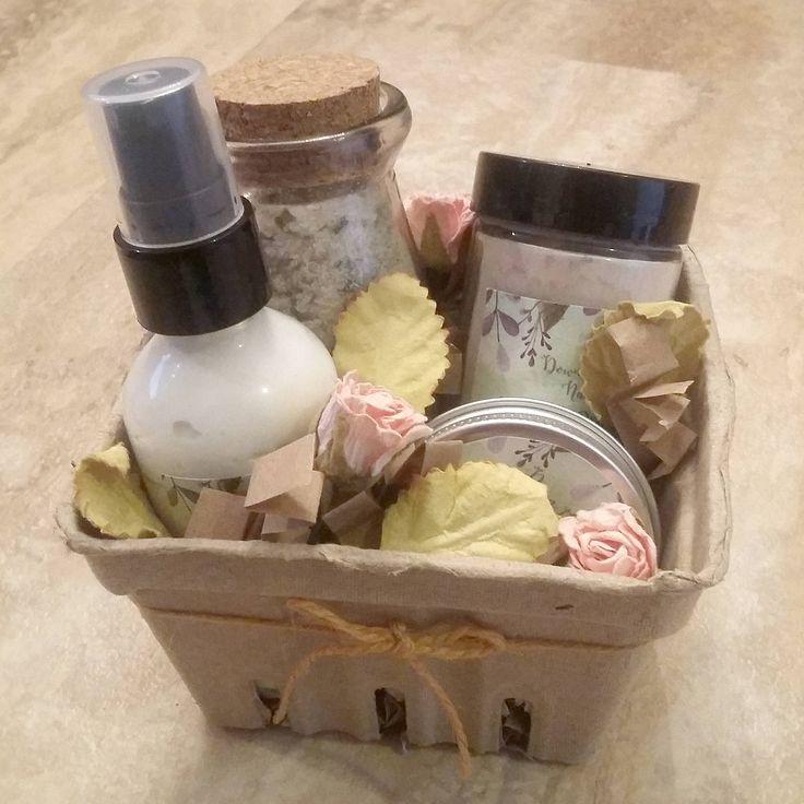 New Mom Gift Set, Organic & Natural Ingredients, Nipple Balm, Postpartum Sitz Bath, Body Lotion, Hand Cream, Dry Shampoo, Baby Shower Box by DownthePathNaturals on Etsy