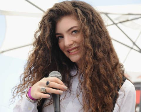 10 Problems Only Girls With Thick Hair Understand - Thick Hair Problems