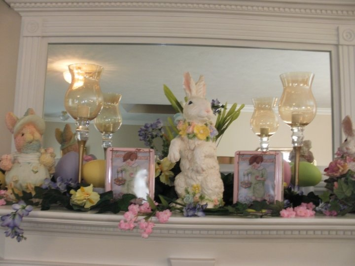 Best Mantel Decorating Images On Pinterest Christmas Ideas