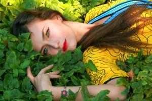 ¡Ya llega la primavera… radiante, colorida, transmutadora, mágica e incluso sexy! ¿ Qué representa la prima-vera – el primer verdor ? El equinoccio de primavera es el momento mágico en…