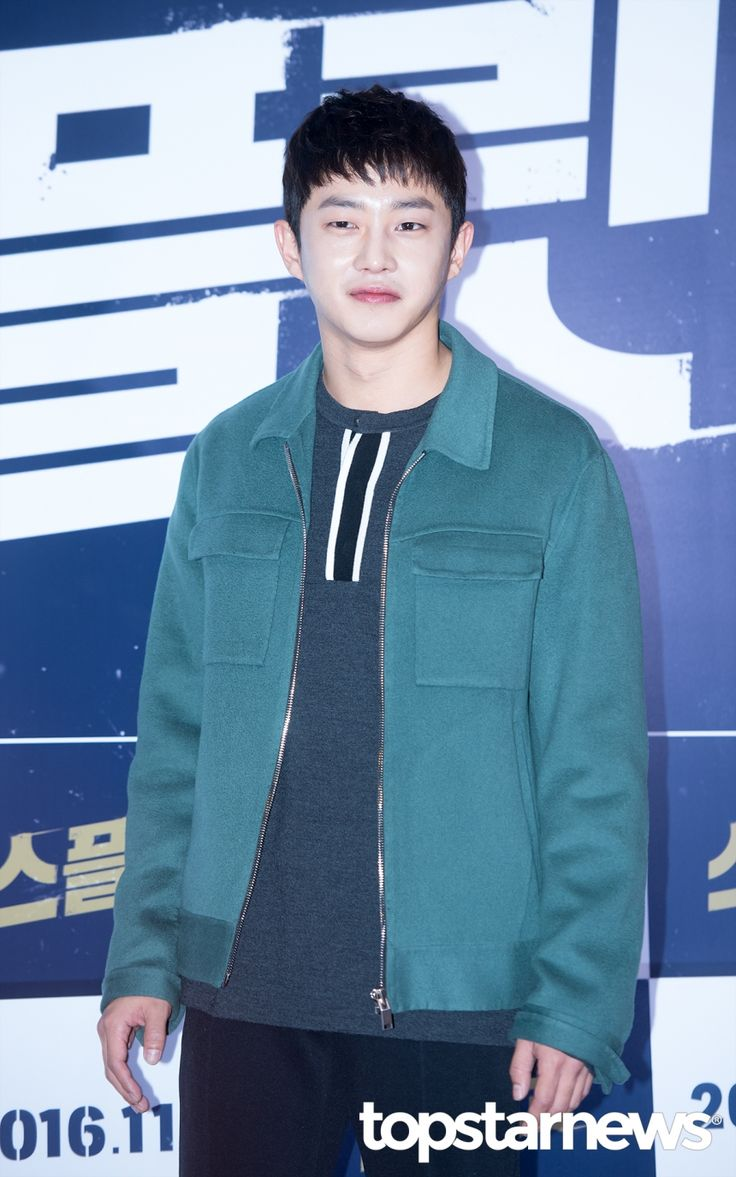 [HD포토] 김민석 훤칠한 외모 돋보이는 짧은 머리 #topstarnews